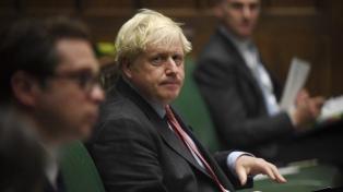 Reino Unido causa polémica al anunciar un duro plan restrictivo de su política migratoria