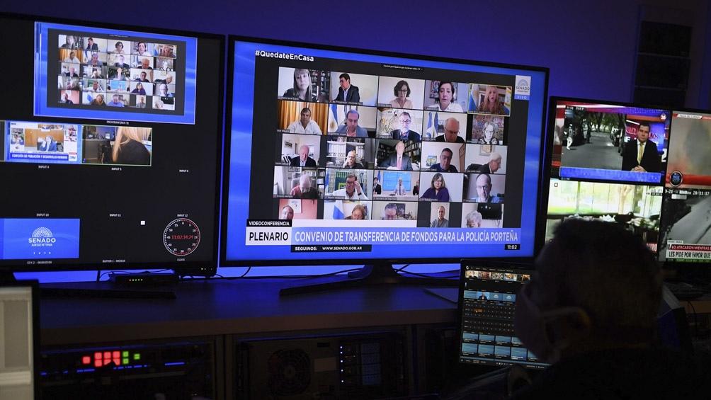 Los senadores debatieron el tema mediante el sistema de videoconferencia.