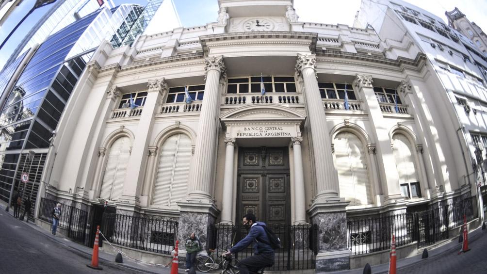 El Banco Central tomó medidas para aliviar las tensiones en el mercado cambiario