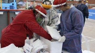 """Santa Fe en """"alerta"""" por casos de coronavirus, que ocupan el 97% de camas en Rosario"""