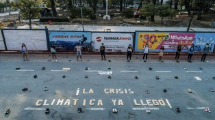 Miles de jóvenes marcharon en el mundo para reclamar por la crisis ambiental global