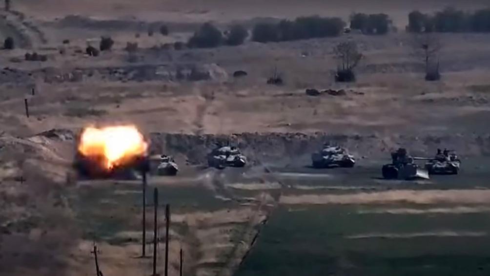 Azerbaiyán  y Armenia se acusan mutuamente de atacar población civil