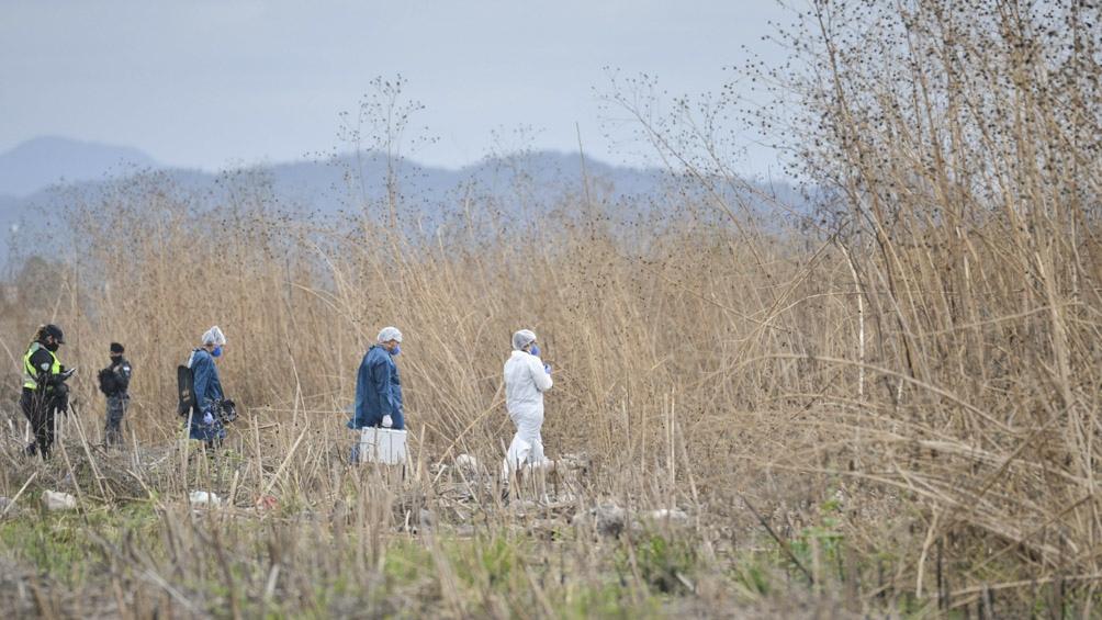 El cadáver de Iara fue hallado en un descampado, semienterrado.