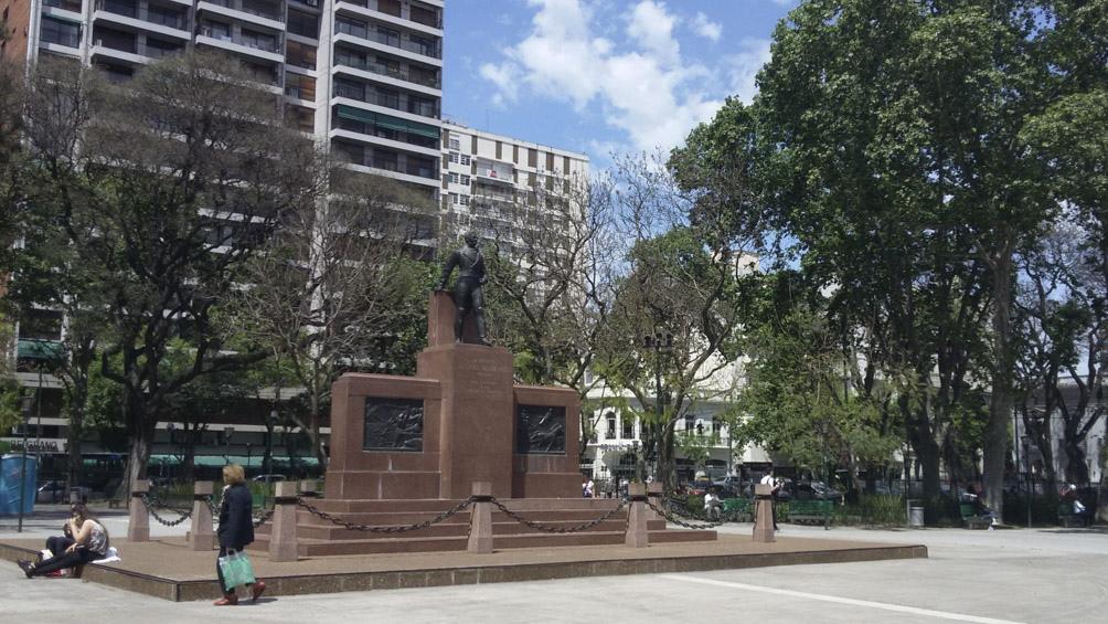 La plaza Manuel Belgrano, donde se produjo el tiroteo.