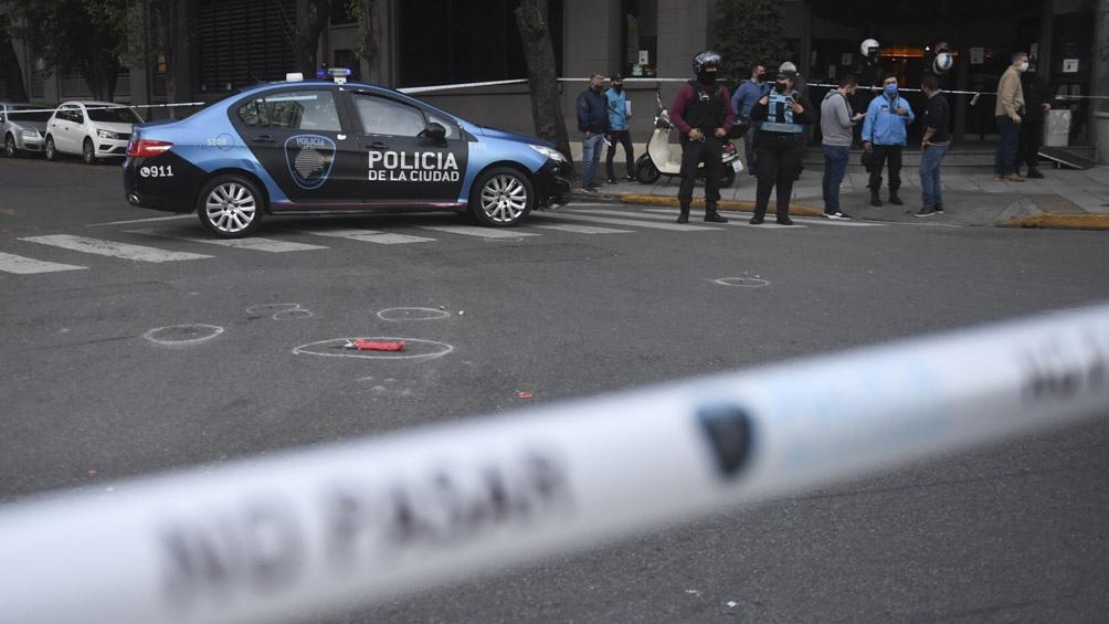 刺死联邦警察胡安·帕勃罗·罗丹(Roman PabloRoldán)的男子罗德里戈·法坎多·罗扎(Rodrigo Facundo Roza)今天早上去世。
