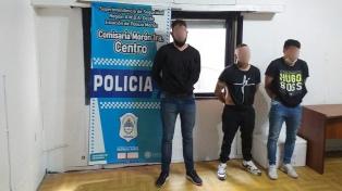 Tres detenidos tras una salidera en la que robaron una mochila con 146.000 pesos