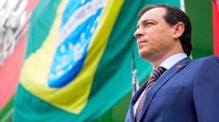 Investigan al gobernador de Santa Catarina por fraude en la compra de respiradores
