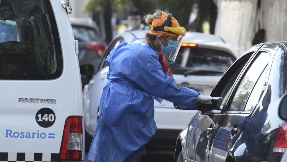 """El """"auto-test"""" tiene por objetivo aliviar al resto de los centros de hisopados de la ciudad"""