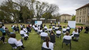 El Ministerio de Salud bonaerense sumó 12.370 trabajadores a planta permanente