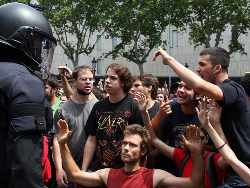 """27/05/2011 - Manifestantes del movimiento """"Indignados"""" Barcelona, España."""