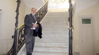 Burucúa es doctor en filosofía y letras e historiador del arte e historia de la ciencia.