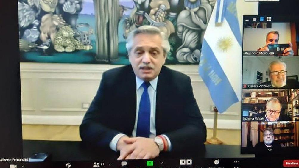 """Alberto Fernández: """"Muchos de los argentinos hoy no pueden comprar dólares porque se beneficiaron con los recursos del Estado""""."""