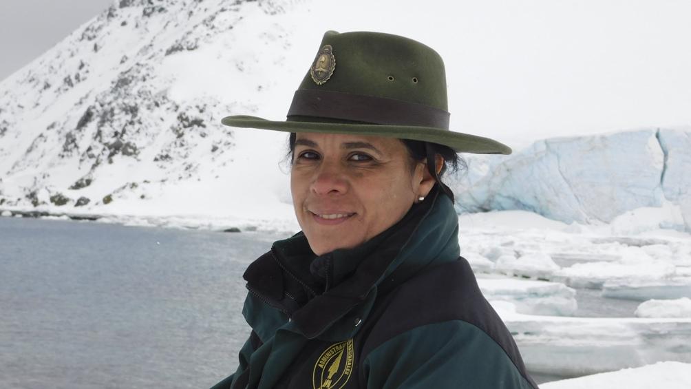 En el 2015 repitió ls experiencia en la Base Esperanza. Entre otras tareas, investigó el ciclo reproductivo de pingüinos, focas y lobos marinos.
