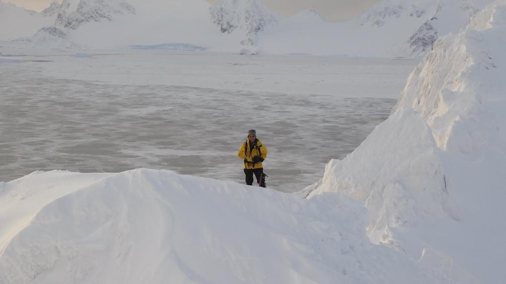 Finalmente, en el 2017, fue la primera guardaparques en integrar una misión anual en la Antártida, esta vez en la Base Orcadas.