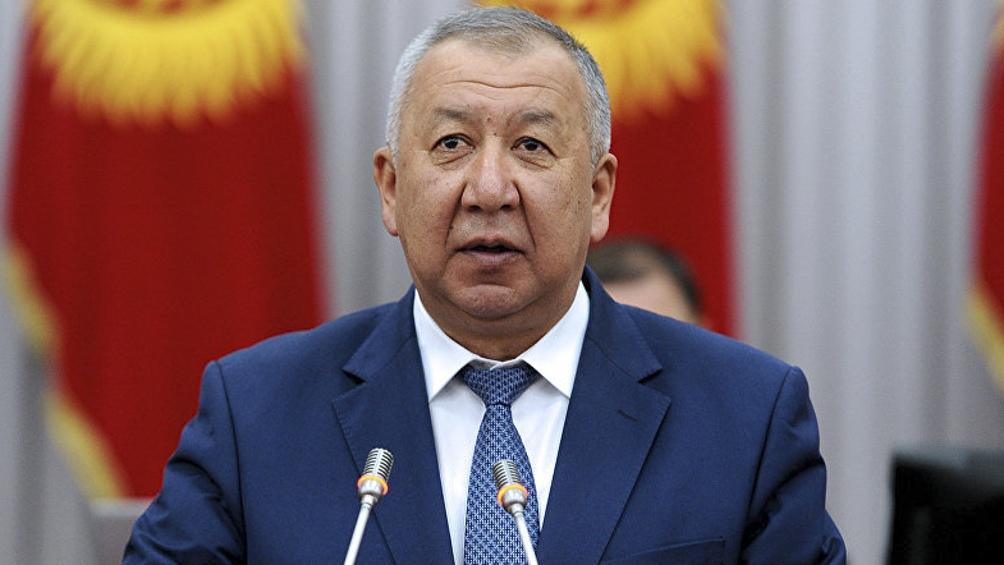 Kubatbek Boronov renunció poco después de anularse los resultados de las elecciones legislativas