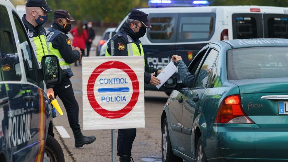 Los gobiernos europeos imponen nuevas restricciones