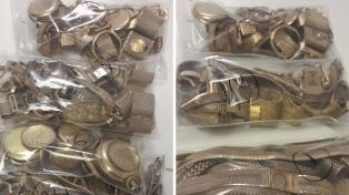 Un juez donó a Madres del Dolor el dinero de la subasta de 10 kilos de oro secuestrados hace 19 años