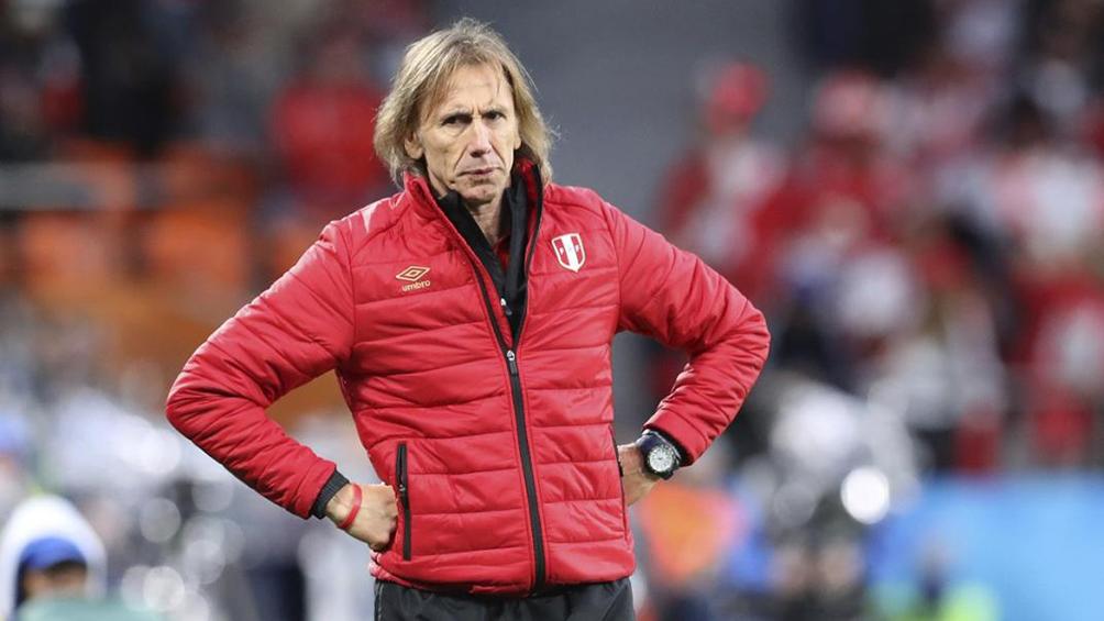 Paraguay recibe a Perú, en un duelo de entrenadores argentinos