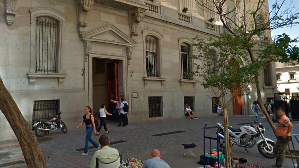 El ministro de Turismo, Matías Lammens, y el presidente de San Lorenzo, Marcelo Tinelli, están en el Palacio Legislativo.