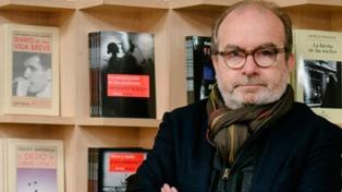 """Para el editor al castellano de Glück, el Nobel hace """"justicia"""" a una """"gran poeta"""""""