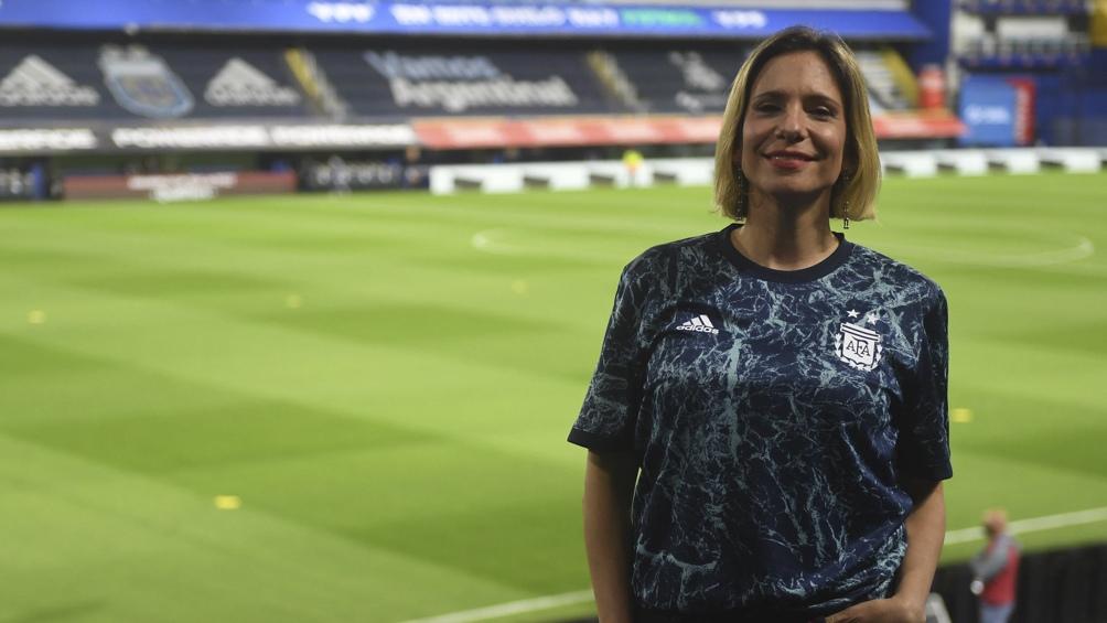 Ángela Lerena, periodista y primera comentarista femenina en la transmisión de los partidos del seleccionado argentino.