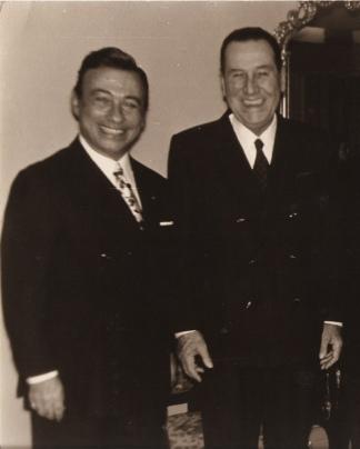 Exiliado en la península ibérica, traba gran amistad con Perón, de quien llegó a ser delegado personal