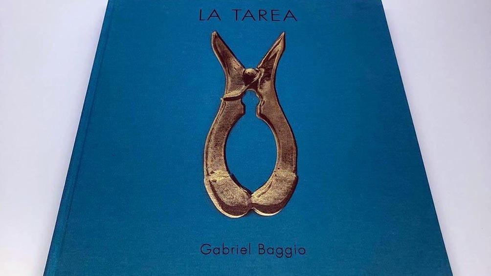 """El libro """"La tarea"""" se consigue en la galería porteña Hache, Loyola 32, que se puede visitar solo con turno previo."""