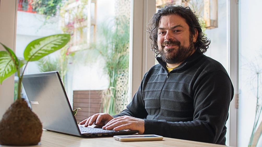 Alejandro Iparraguirre, cofundador de FundAV y coordinador de videojuegos del Ministerio de Cultura de la Nación.