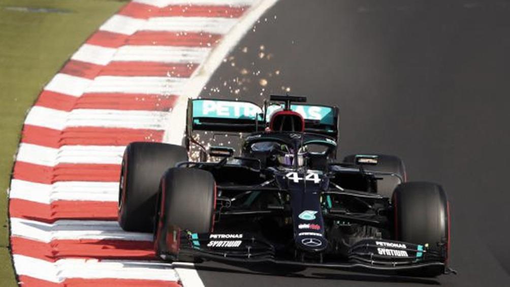 Hamilton comenzó con buen pie las pruebas clasificatorias de Portimao (foto archivo)