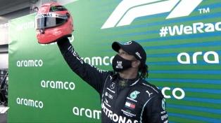 """Hamilton, en el último suspiro, logró la """"pole"""" en Portimao"""