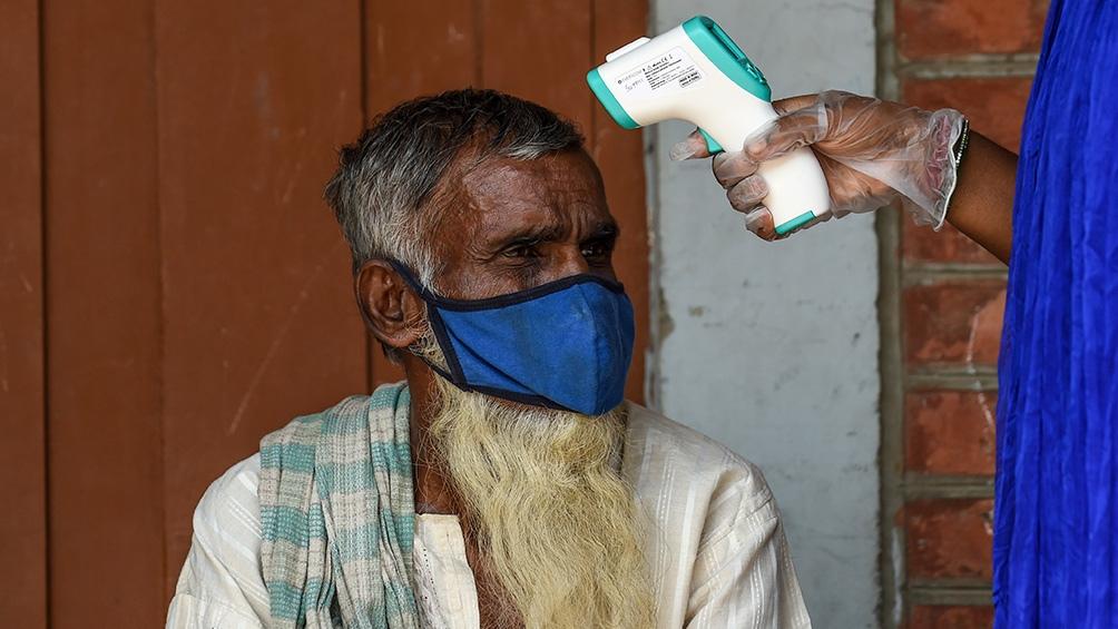 India acumula 8.4 millones de personas contagiadas