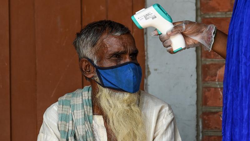 Redoblan esfuerzos ante el incontrolable incremento de contagios y muertes por coronavirus