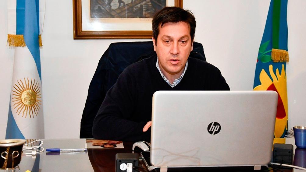 Arturo Rojas gobierna el municipio de Necochea.