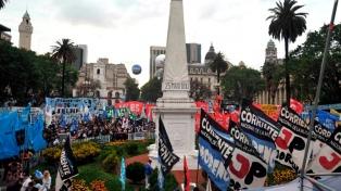 """El peronismo busca """"colmar"""" las redes el 17 de octubre y dar respaldo al Gobierno"""