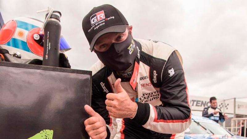 Barrichello ganó en su debut en Top Race en el autódromo Oscar y Juan Gálvez