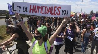 La Multisectorial por los Humedales realizó el corte del puente Rosario-Victoria