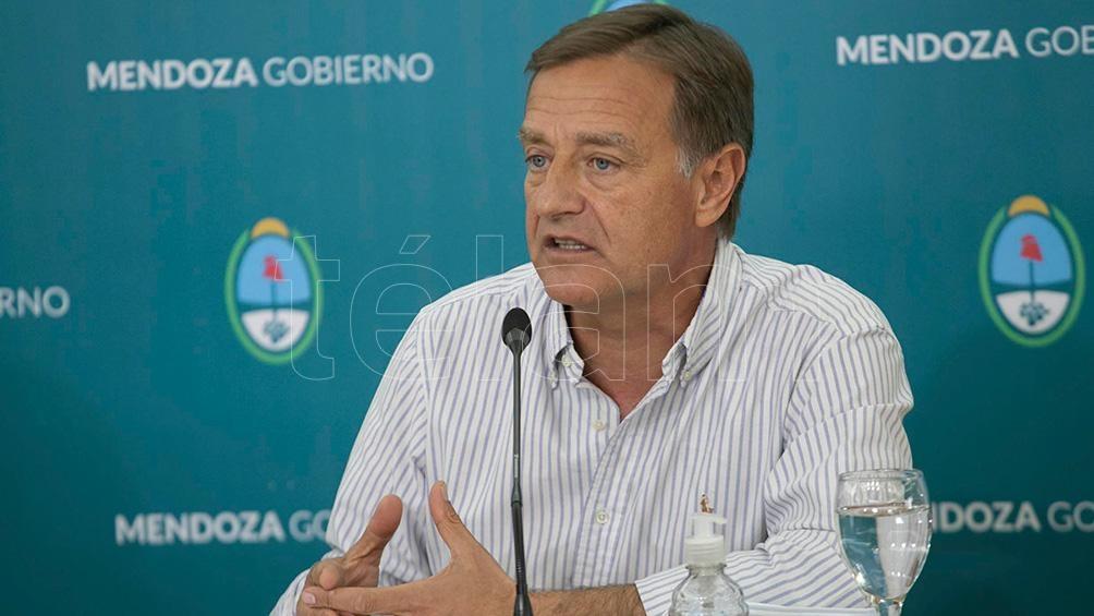 """El gobernador de Mendoza, Rodolfo Suárez, afirmó hoy que """"es más grave que el año pasado"""" la situación sanitaria del país por la pandemia de coronavirus""""."""