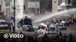 Bielorrusia amenaza con usar armas de fuego contra las marchas opositores