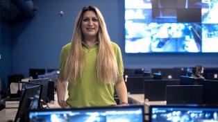 """""""Siempre busqué respeto, no aceptación"""", dice la primera operadora transgénero del 107"""