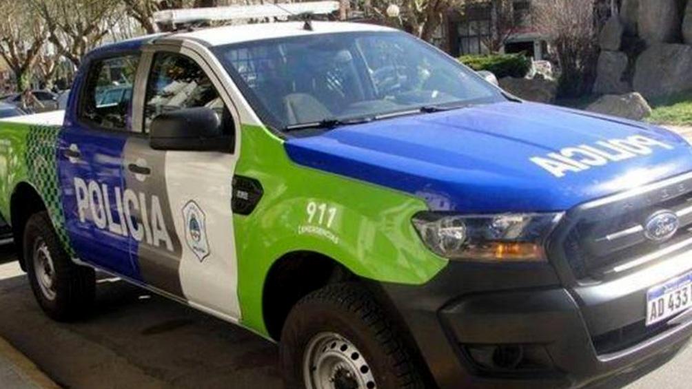 Los efectivos observaron al joven en actitud sospechosa en el cruce de Carrasco y Azul, en Pontevedra.