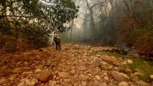 Jujuy y Neuquén continúan afectadas por incendios forestales