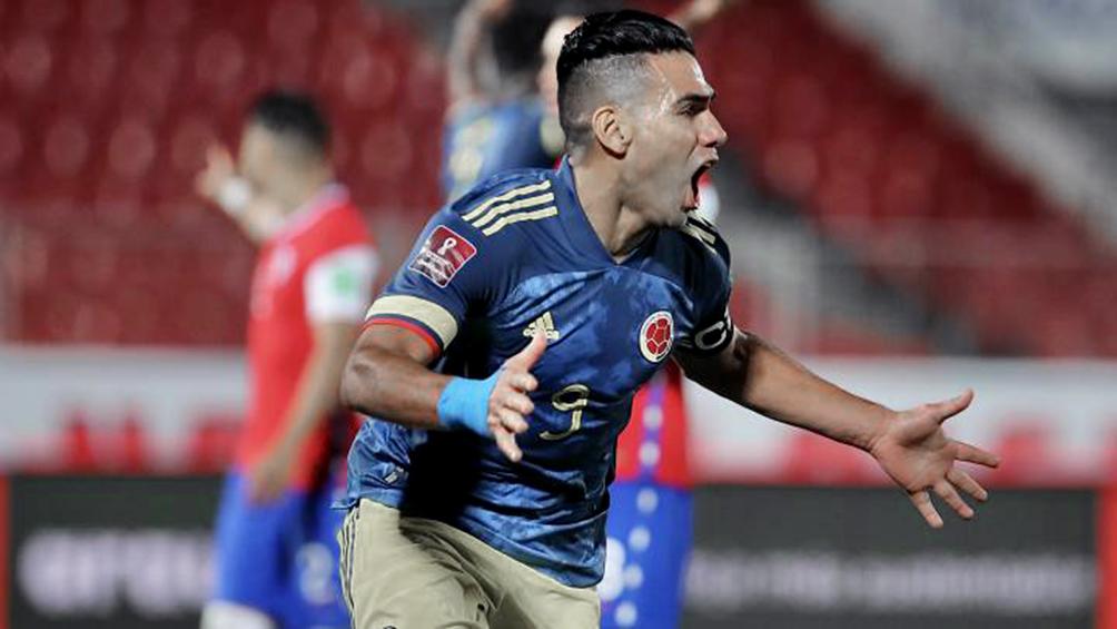 Colombia se llevó en el descuento un punto de Chile por Radamel Falcao García