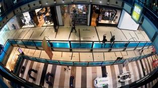Con protocolos y capacidad máxima, reabrieron los shoppings en la ciudad de Buenos Aires