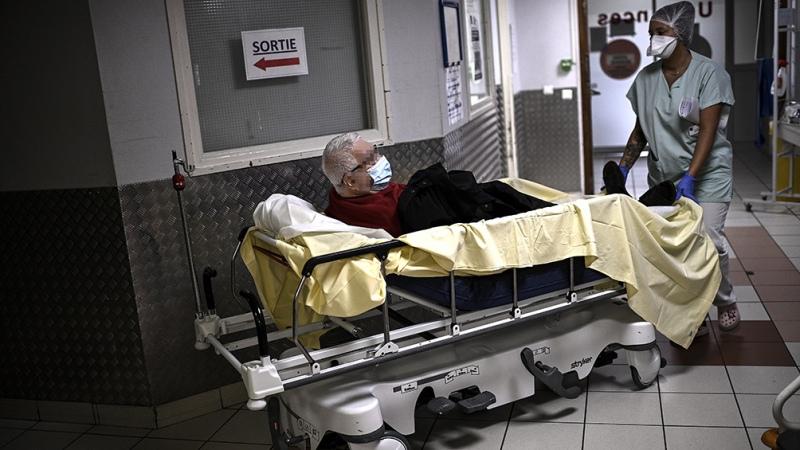 El coronavirus redobla su alarmante paso por Europa