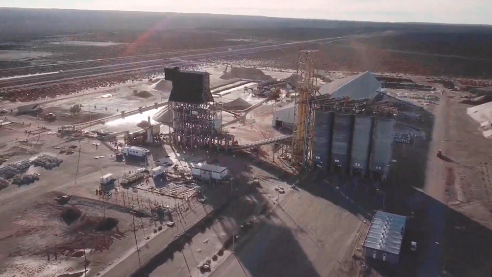 Opera en la formación neuquina de Vaca Muerta, con la que llegará a triplicar a fines de este año la producción diaria de petróleo.