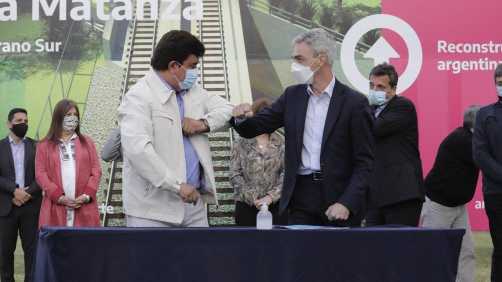 Meoni rubricó el acuerdo con el intendente de La Matanza, Fernando Espinoza
