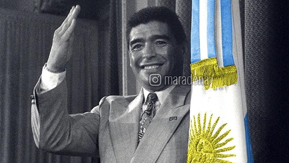 El Diego eterno se suma a la Cruz Roja en una campaña solidaria.