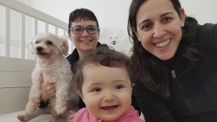 """Lorena y Valeria sobre el camino hasta la llegada de Ema: """"Nos dice mamás y todo valió la pena"""""""