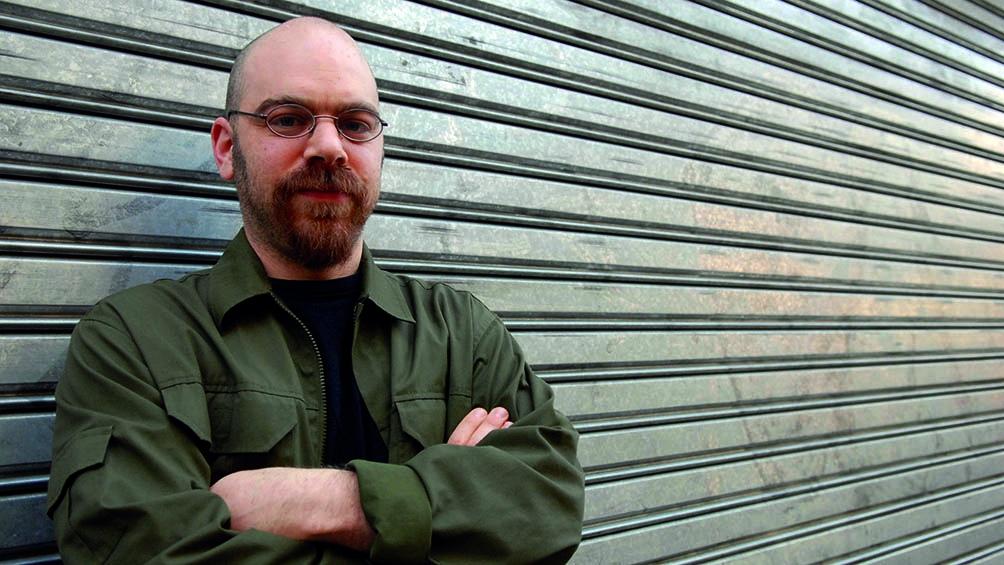 Magnus vivió y estudió en Alemania, entre los años 1999 y 2005.