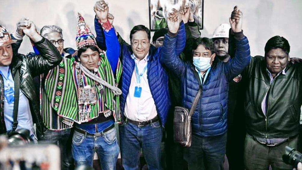 Fue el ministro de Economía y Finanzas Públicas de Bolivia en dos ocasiones.